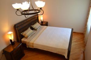 White Apartment, Appartamenti  Batumi - big - 24