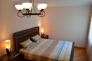 White Apartment, Appartamenti  Batumi - big - 27