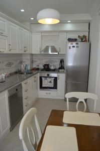 White Apartment, Appartamenti  Batumi - big - 33