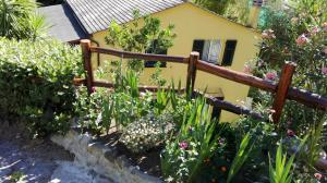 Il Ruscello, Bed & Breakfasts  Levanto - big - 13