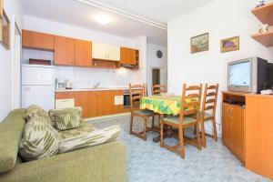 Apartment Korelic Green Garden, Appartamenti  Porec - big - 18