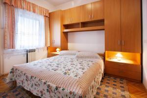 Apartment Korelic Green Garden, Appartamenti  Porec - big - 14