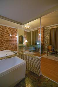 Casa Gaçe Hotel, Hotel  Korçë - big - 8