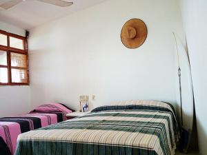 Puerto Dreams Surf House, Гостевые дома  Пуэрто-Эскондидо - big - 9