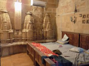 Hotel Deep Mahal, Bed and breakfasts  Jaisalmer - big - 1