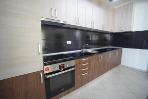 Budva Bay Breeze Apartments, Ferienwohnungen  Budva - big - 41