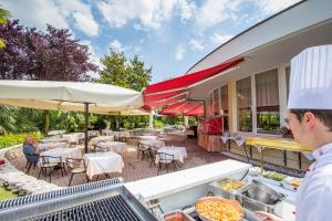 Hotel Leonardo Da Vinci Terme & Golf, Отели  Абано-Терме - big - 27