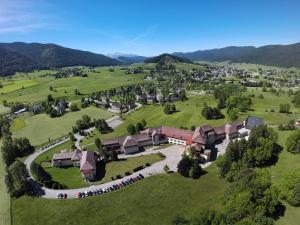 L'ESCANDILLE Village Vacances