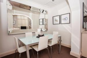 Delightful 2BD Apartment In The Heart Of Pimlico, Apartmanok  London - big - 6