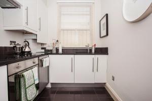 Delightful 2BD Apartment In The Heart Of Pimlico, Apartmanok  London - big - 16