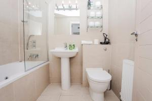 Delightful 2BD Apartment In The Heart Of Pimlico, Apartmány  Londýn - big - 21
