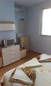 Apartament Niki, Apartmány  Pomorie - big - 14