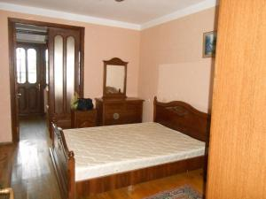 Apartment on Rustaveli street, Appartamenti  Batumi - big - 12
