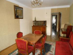 Apartment on Rustaveli street, Appartamenti  Batumi - big - 14