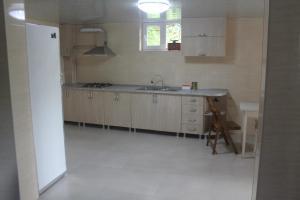 Rudi Guest House, Penziony  Batumi - big - 24