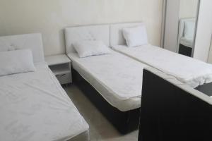 Rudi Guest House, Penziony  Batumi - big - 43