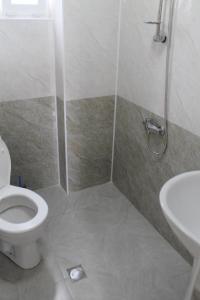 Rudi Guest House, Penziony  Batumi - big - 45