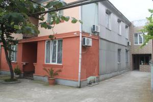 Rudi Guest House, Penziony  Batumi - big - 5