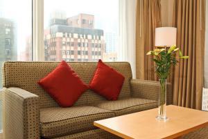 Suite de 1 dormitorio con cama grande - Vistas a la ciudad