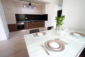 Budva Bay Breeze Apartments, Ferienwohnungen  Budva - big - 69