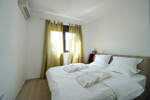 Budva Bay Breeze Apartments, Ferienwohnungen  Budva - big - 75
