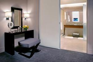 Trump International Hotel & Tower Chicago (3 of 51)
