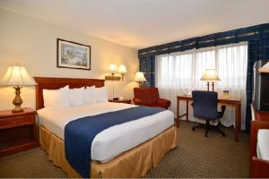 Best Western PLUS Tacoma Dome Hotel, Hotel  Tacoma - big - 3