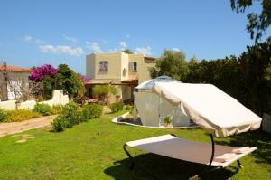 Villa Corallo by DdV, Apartmanok  Olbia - big - 1