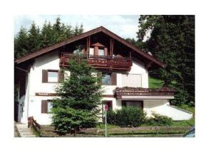 Haus-Bucheneck-Wohnung-2, Apartmány  Oberstdorf - big - 1