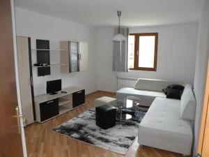 Apartments Kaloyan, Apartments  Veliko Tŭrnovo - big - 7