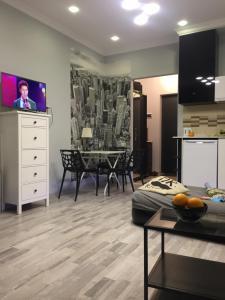 Romantic, Apartmány  Batumi - big - 10