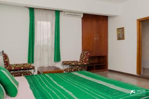 SwissGha Hotels Christian Retreat & Hospitality Centre, Hotely  Tema - big - 4