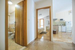 Apartments Staničić, Apartments  Brela - big - 109