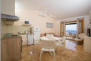 Apartments Staničić, Apartments  Brela - big - 108