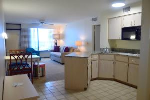 Bahama House - Daytona Beach Shores, Hotel  Daytona Beach - big - 17