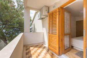 Apartments Staničić, Apartments  Brela - big - 99