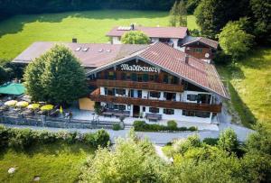 Alpengasthof Madlbauer, Гостевые дома  Бад-Райхенхаль - big - 29