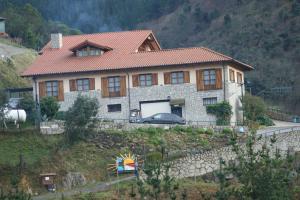 Agroturismo Ordaola, Загородные дома  Alonsotegi - big - 49