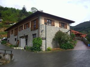Agroturismo Ordaola, Загородные дома  Alonsotegi - big - 51