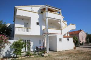 Apartment Lambasa, Apartmanok  Vodice - big - 11