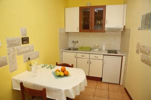 Apartment Lambasa, Appartamenti  Vodice - big - 3