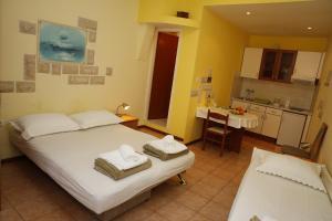 Apartment Lambasa, Apartmanok  Vodice - big - 2