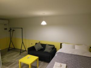 Studio apartment, Apartments  Tbilisi City - big - 5