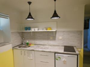 Studio apartment, Apartments  Tbilisi City - big - 6