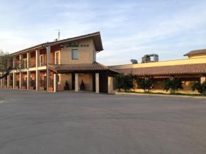 hotel ristorante la cascina - AbcAlberghi.com