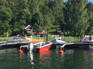 Lillstuga Strömma, Дома для отпуска  Вармдо - big - 60