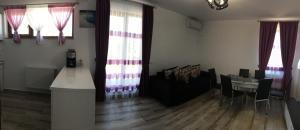 Twins Kazeboo Apartments, Apartmány  Mamaia Nord – Năvodari - big - 39