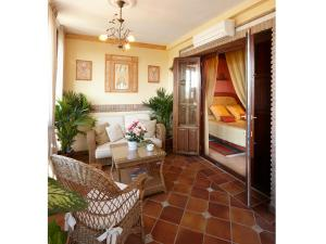 Villa Sur, Hotel  Huétor Vega - big - 18