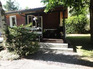 Camping La Cascade, Шале  Le Bourg-d'Oisans - big - 7