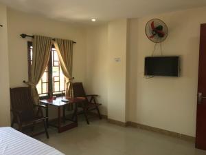 Phuong Hong Motel